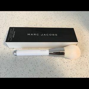 Marc Jacobs Makeup - Marc Jacobs The Bronze - Bronzer Brush No. 12